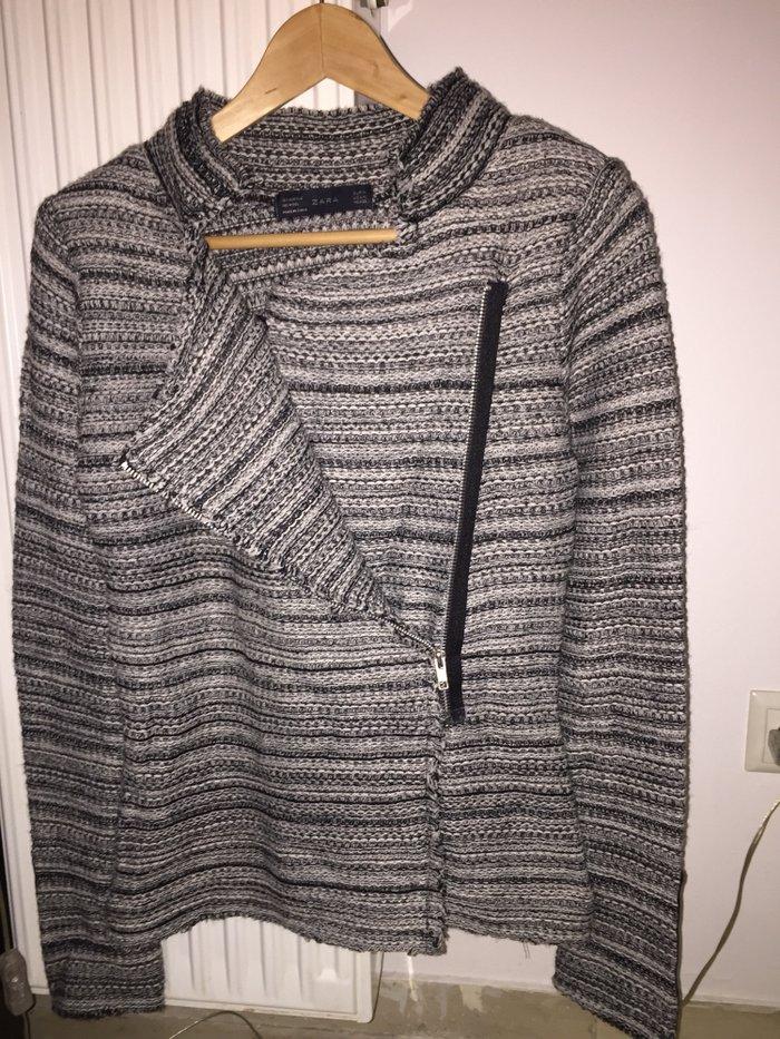 Ζακέτα Zara με φερμουάρ . Αφόρετη . Νο Medium 19€ . Photo 2