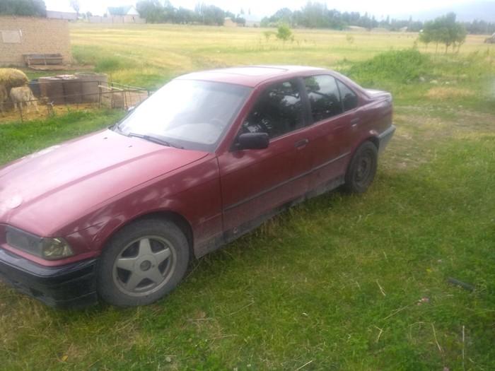 BMW 316 1991. Photo 2