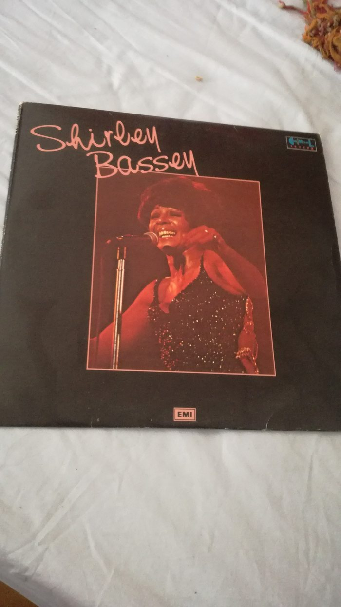 Shirley Bassey MINOS 1993 compilation 2 LP Greek pressing