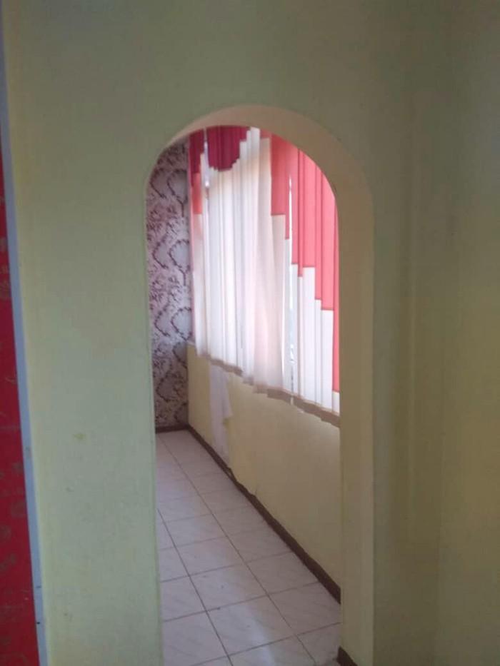 Продается квартира: 2 комнаты, кв. м., Ош. Photo 2