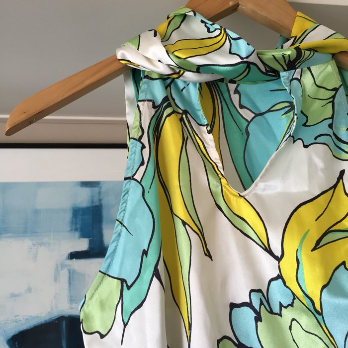 Zara σατέν αμάνικη floral πουκαμίσα με ψηλή. Photo 6