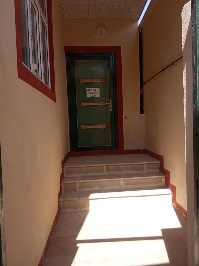 Satış Evlər vasitəçidən: 70 kv. m., 2 otaqlı. Photo 1