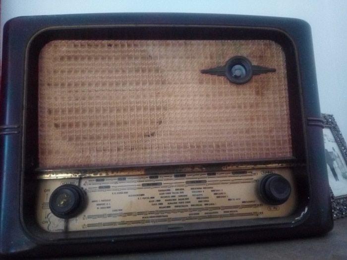 Ραδιόφωνο αρκετά παλιο 50€ Περαμα