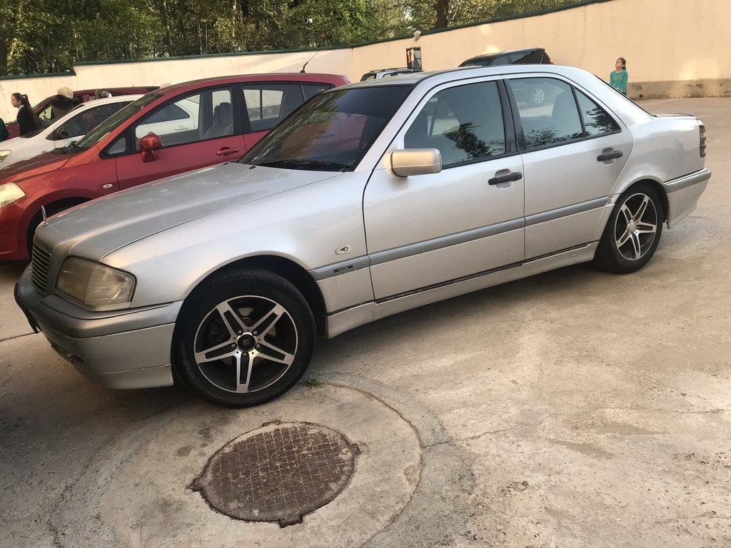 Mercedes-Benz C-Class 1.8 л. 1996 | 1234 км