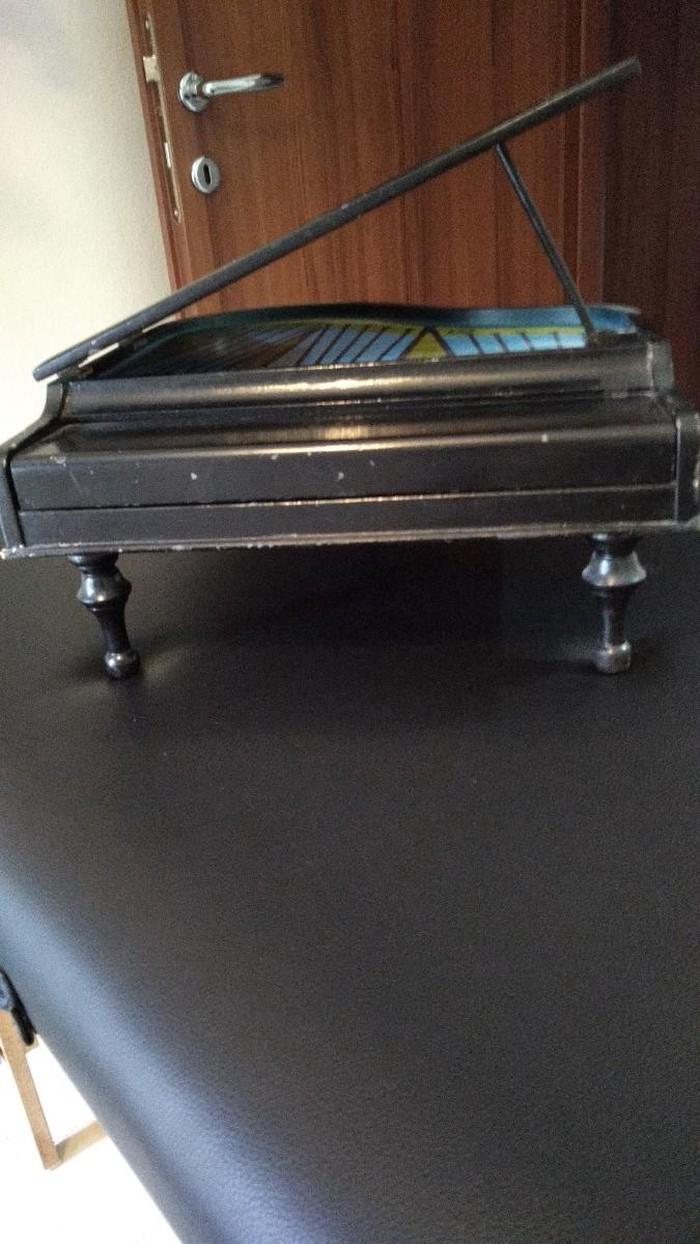 Πιάνο φόρτε μίνι αντίκα. Photo 2