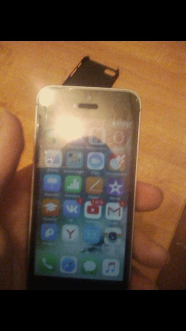 Iphone se, 32GB памяти, не поломан всё работает хорошо, пишите, разгов. Photo 5