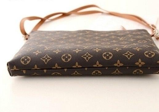 Γυναικείο τσαντακι BAG LUIS VUITTON (collection. Photo 1