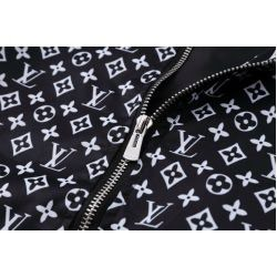 LV JACKET FORMENS (collection 2017).To προϊόν είναι stock. Photo 3