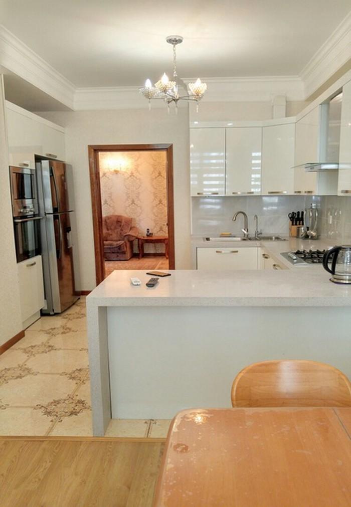 Сдается квартира: 4 комнаты, 159 кв. м., Бишкек. Photo 6
