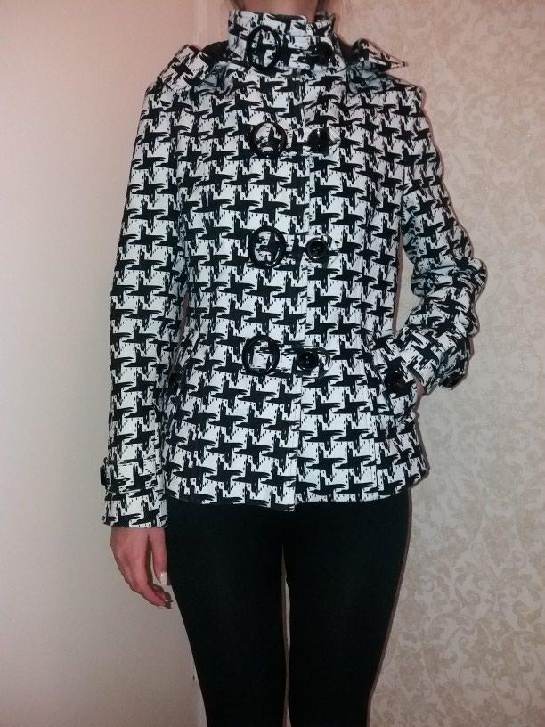 продам демисезонную куртку б у в за 1000 KGS в Бишкеке  Женские ... 9962e5493e8b1