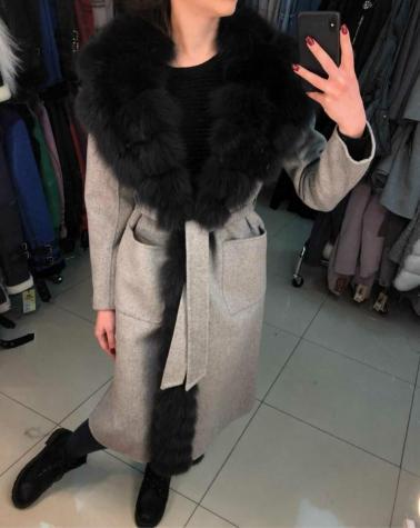 Женские пальто с натуральным мехом