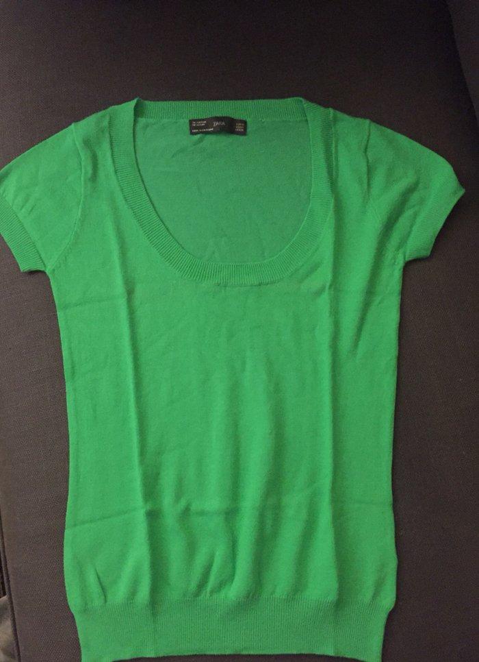 Μπλουζάκι cotton ,. Αφόρετο . Νο Μedium . 8€  σε Υπόλοιπο Αττικής