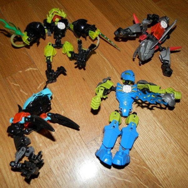 4 lego hero factory φιγουρες δινονται ολες μαζι. Photo 0
