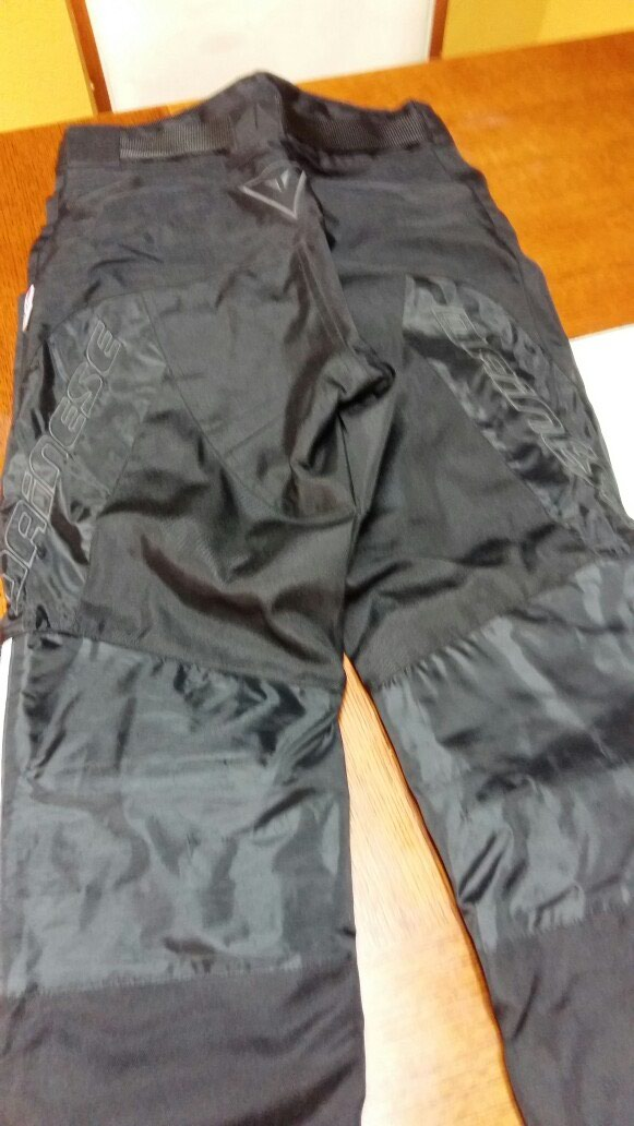 DAINESE ženske pantalone za motor Mveličina nenošene. Photo 1