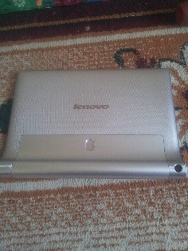 Продам планшет в нормальном состоянии. Photo 1