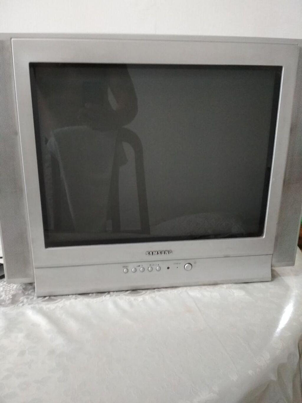 Телевизор Samsung Б/У, но в отличном состоянии
