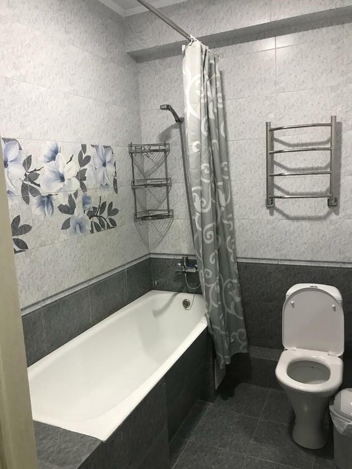 Продается квартира: 2 комнаты, 85 кв. м., Бишкек. Photo 2