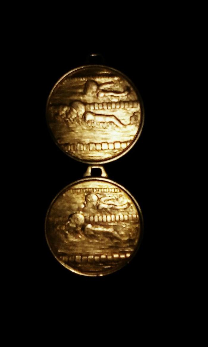2 χρυσα μεταλλια ολυμπιακων αγωνων κολυμβηση. Photo 1