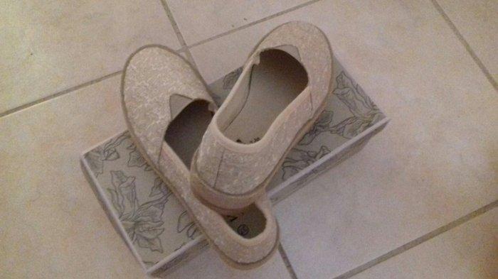 Ολοκαίνουρια παπούτσια Voi Noi, νο37,. Photo 1