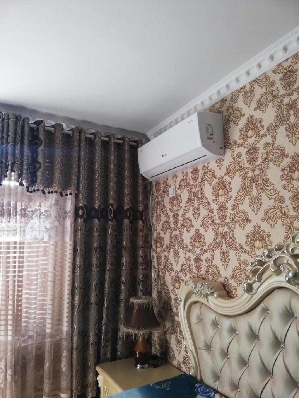 Продается квартира: 3 комнаты, 115 кв. м