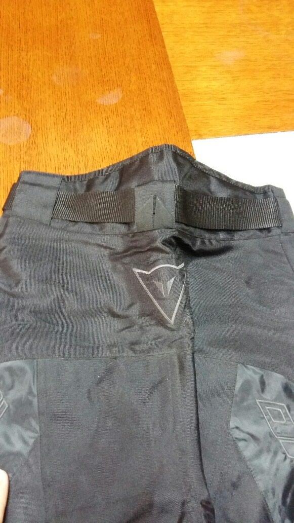DAINESE ženske pantalone za motor Mveličina nenošene. Photo 2