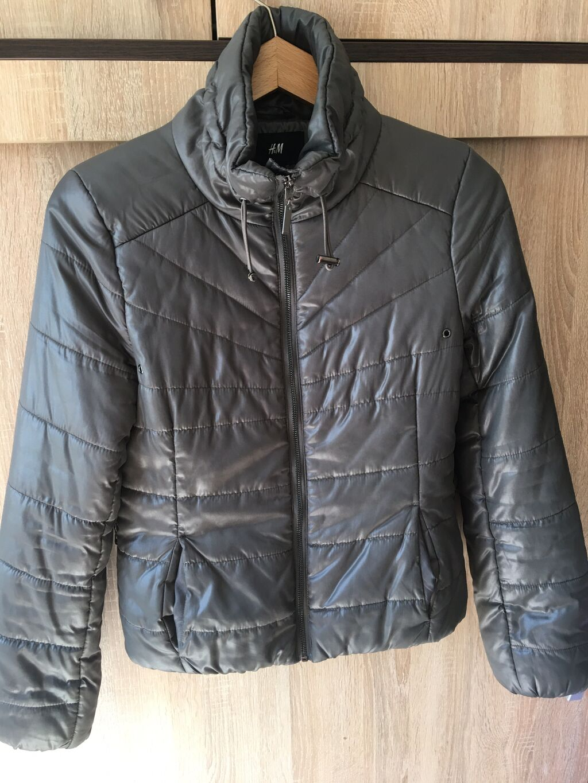 HM jakna velicine s m  Cena:500din