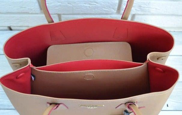 d67023b8c496 Сумка Prada Double Bag, молочного цвета. за 550 KGS в Бишкеке: Сумки ...