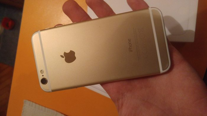 Iphone 6 sim fre icloud fre u savrsenom stanju moze zamenaa. Photo 2