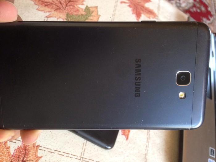 İşlənmiş Samsung Galaxy J7 2017 32 GB qara. Photo 2