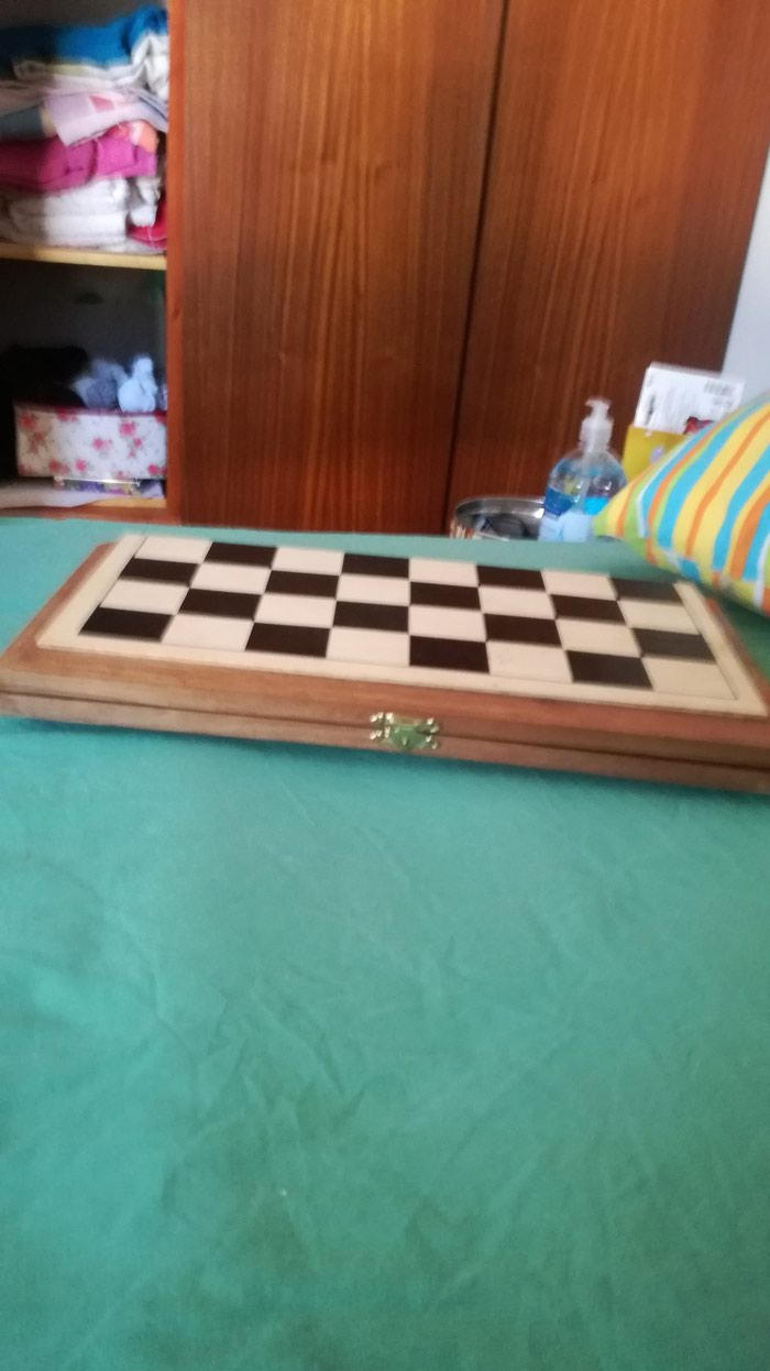 Chess/Backgammon/Checkers 3 in 1.. Photo 2