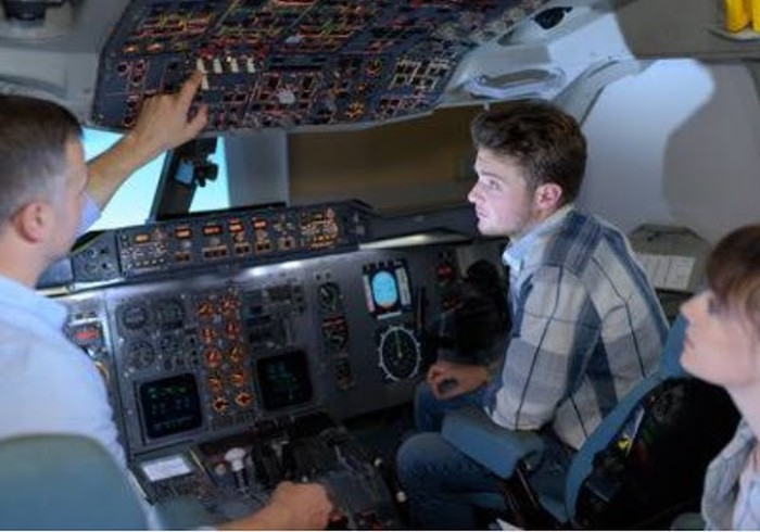 Aeronautical Pilot Training Session Starting Financial Assistance and Job offered to graduates