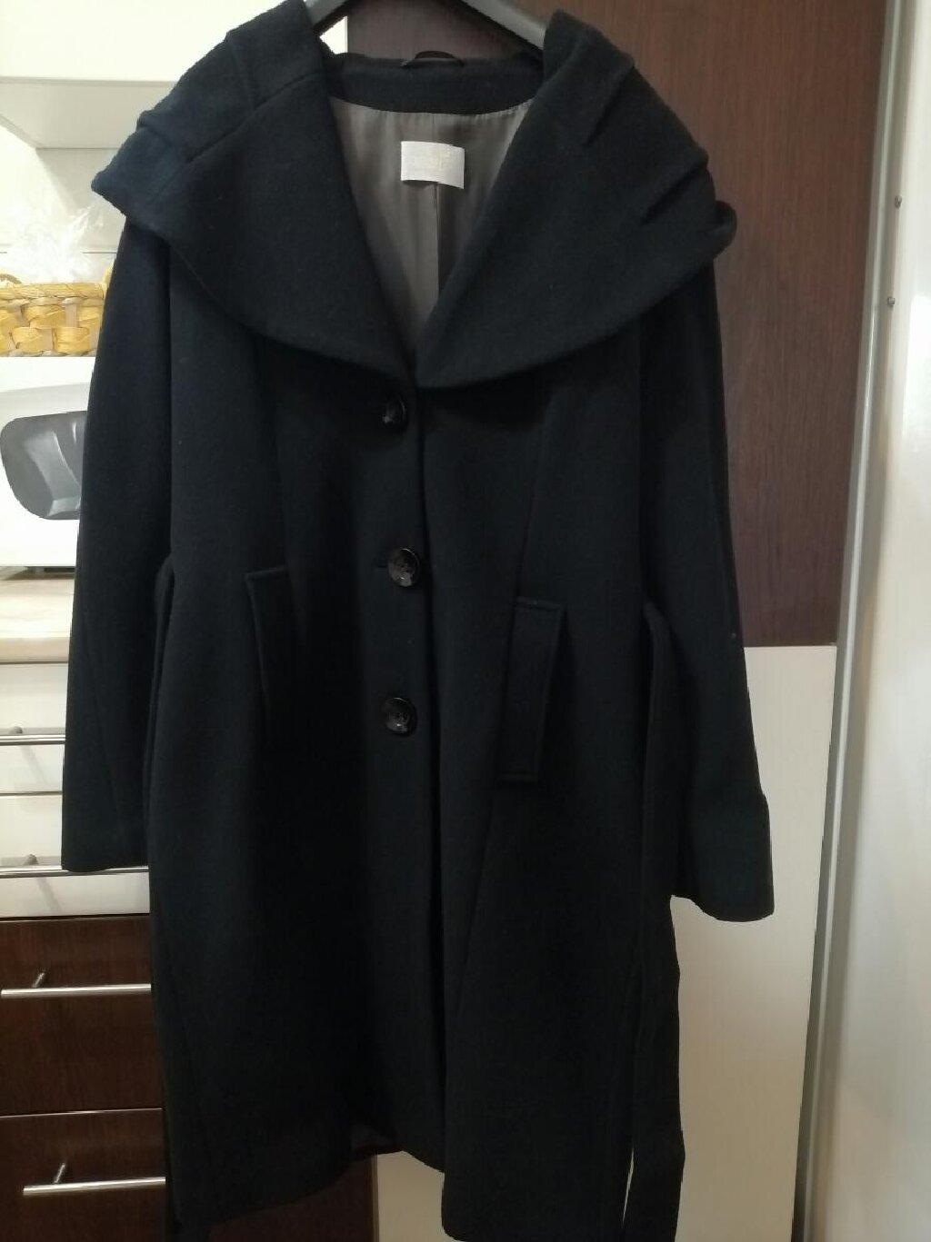 Prodajem kaput kao nova dva puta obucen 44 vel. Ima 80%vune