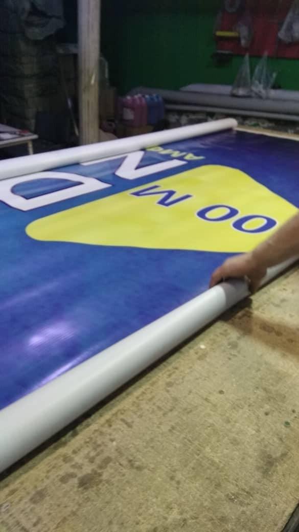 Печать баннера и самоклейки. Photo 3