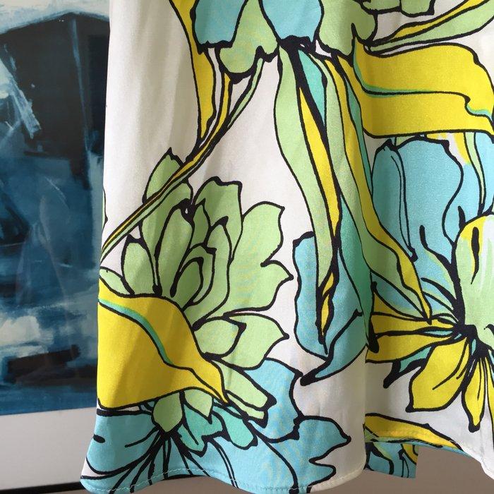 Zara σατέν αμάνικη floral πουκαμίσα με ψηλή. Photo 3