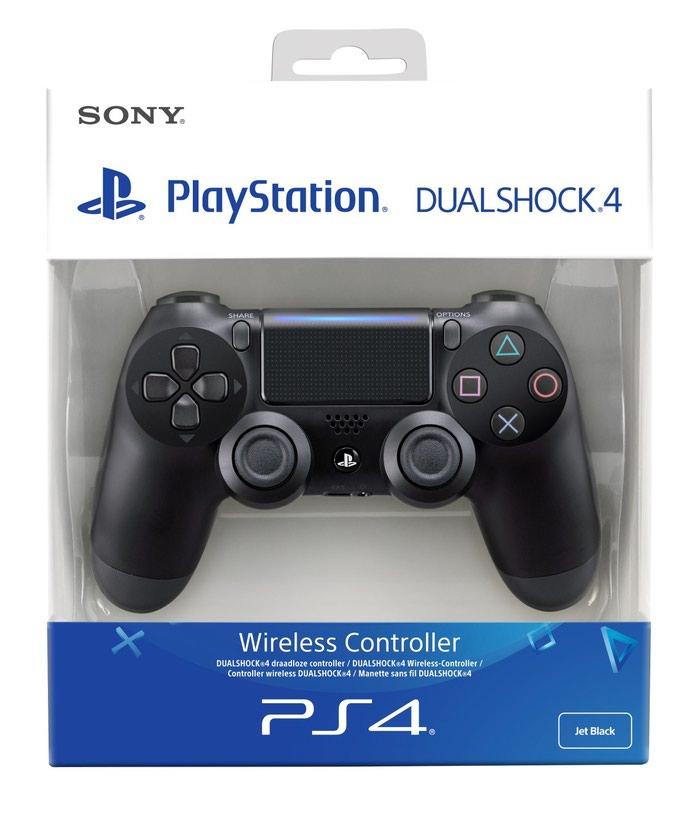 Dualshock 4 controller. Photo 0