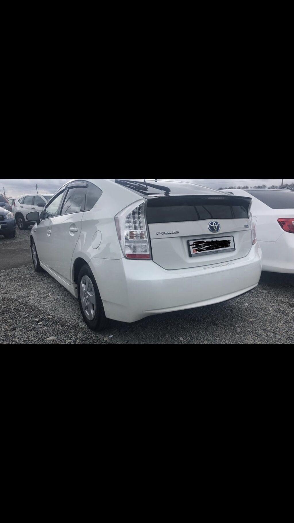 Toyota Prius 1.8 л. 2011 | 165598 км: Toyota Prius 1.8 л. 2011 | 165598 км