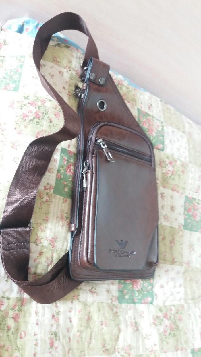49d7e922e6b8 Продаю новую мужскую кожаную барсетку. 950.сом за 950 KGS в Бишкеке ...