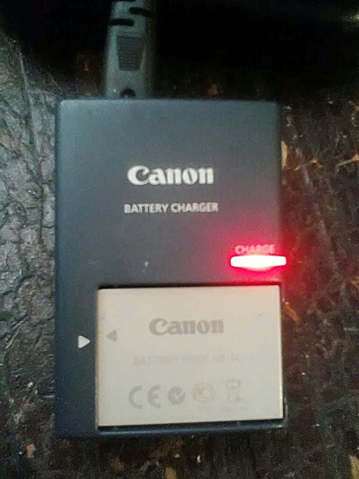 зарядка cb-2lxe и аккумулятор nb-5l на canon. цена 400сом. в Бишкек