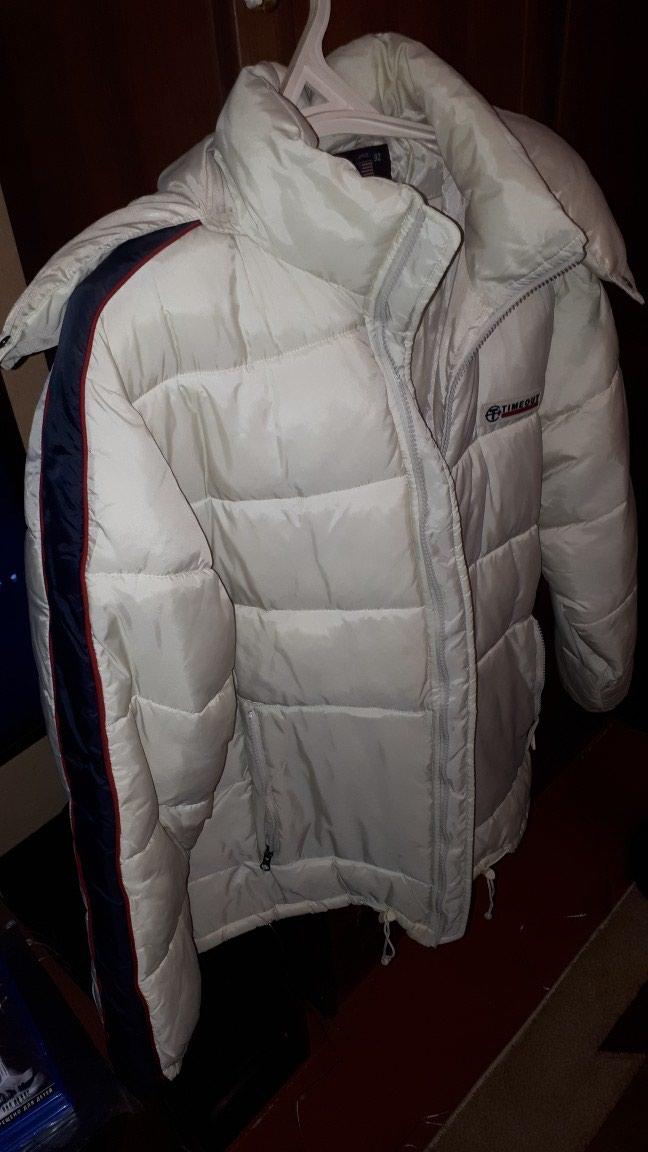 Дутая куртка TIMEOUT Размер L  б\у   в  отличном состояний. Photo 2