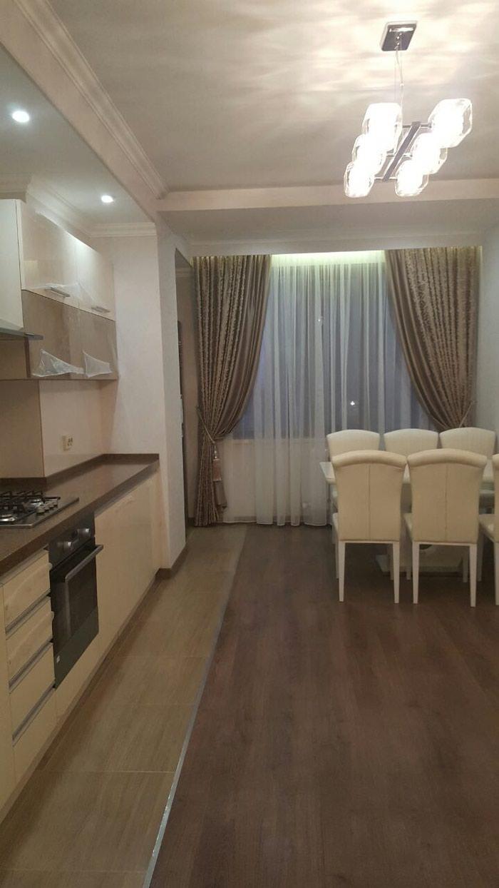 Сдается квартира: 4 комнаты, 174 кв. м., Бишкек. Photo 3