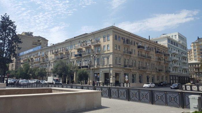 Bakı şəhərində Cдается 2-х комнатная квартира на сахиле ппо проспекту нефтяников