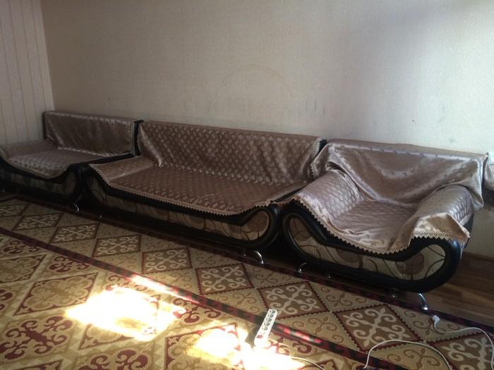 Срочно продам раскладной диван!3*2*1*1!Самовывоз)))Торг уместен!. Photo 0