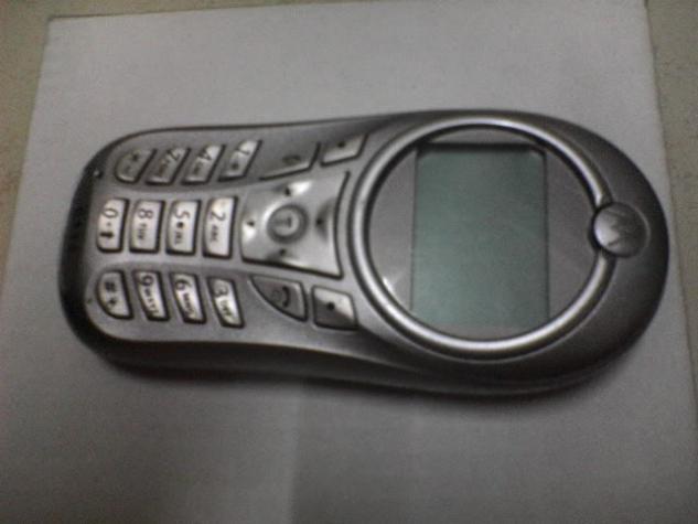 Motorola c115 ΣΕ ΑΡΙΣΤΗ ΚΑΤΑΣΤΑΣΗ ΧΩΡΙΣ ΦΟΡΤΙΣΤΗ. Photo 0