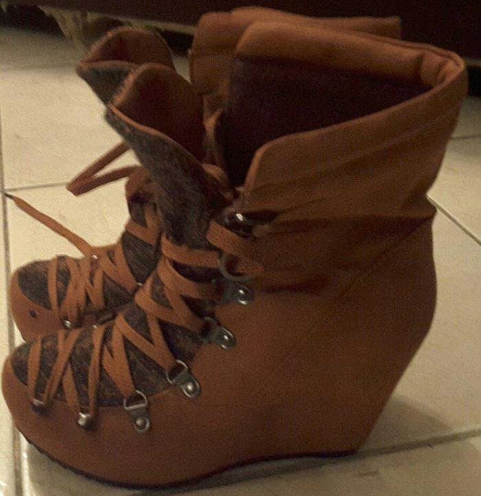 Παπούτσια BSB Νουμερο38 ολοκαινουργια σε Ξάνθη