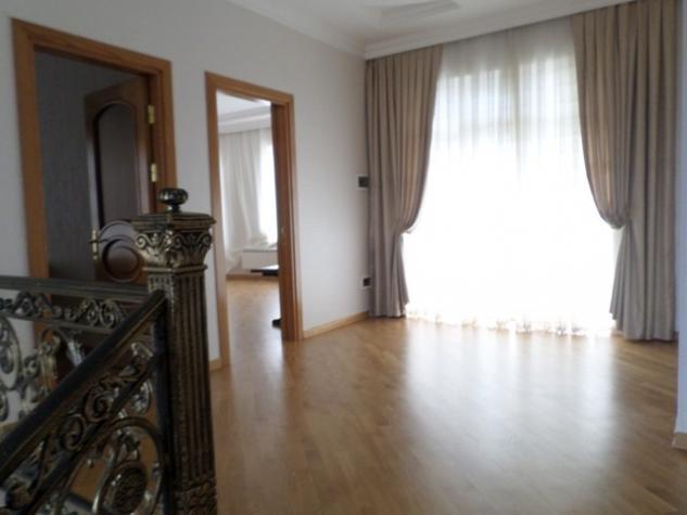 Satış Evlər vasitəçidən: 416 kv. m., 5 otaqlı. Photo 8