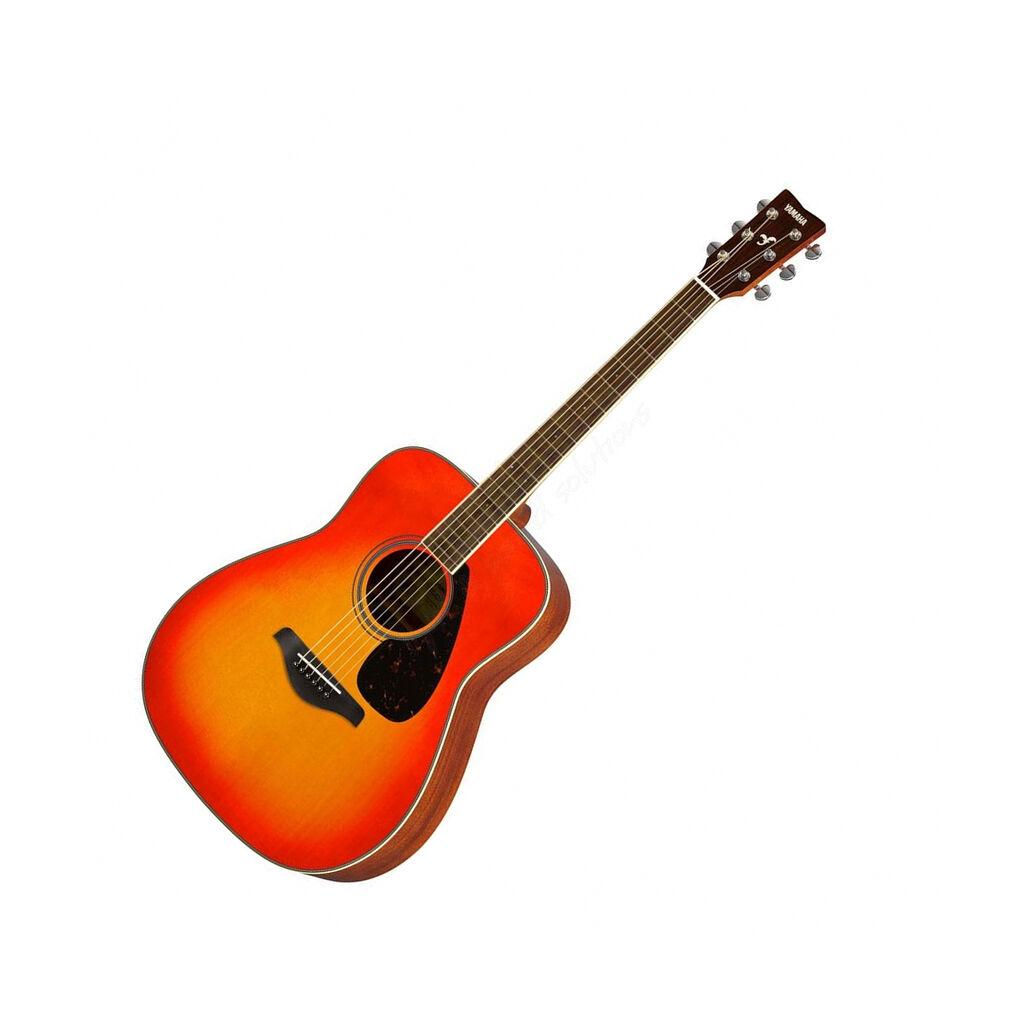 Акустическая гитара YAMAHA FG820-отличается мощным, но мягким звучанием, благодаря корпусу изготовленному из красного дерева