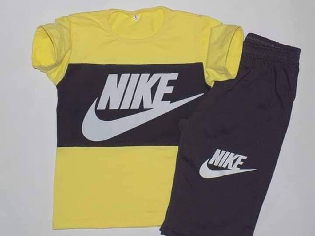 Nike kompletici Dostupne velicine 14 Cena 1400din