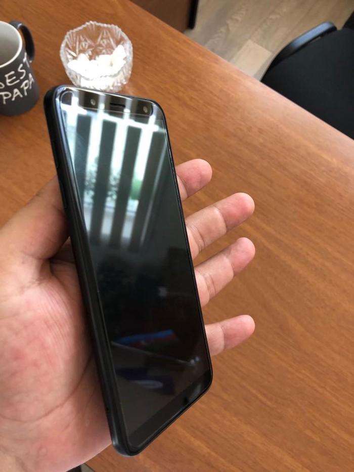 Б/у Samsung Galaxy J6 2018 32 ГБ Черный. Photo 6