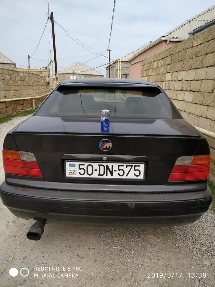 BMW 318 1995. Photo 7