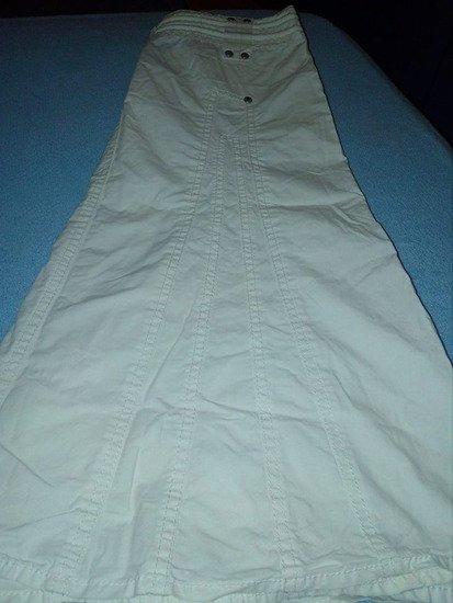 Mexx bela suknja  poluobim struka 35cm dužina suknje 60cm dobro stanje - Beograd